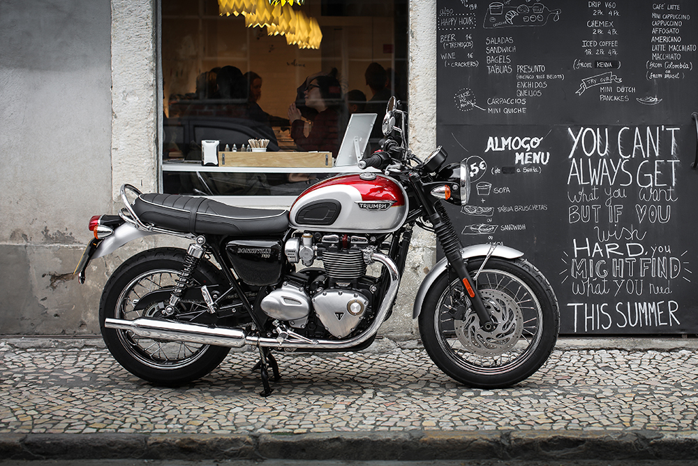 Ride Review Triumph Bonneville T120 Za Bikers