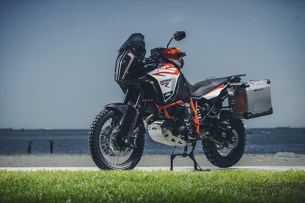 2018 ktm adventure 1290. unique ktm the tft display is a huge improvement on that of the 1190r using bonded  armour glass it easily read in even brightest direct sunlight for 2018 ktm adventure 1290