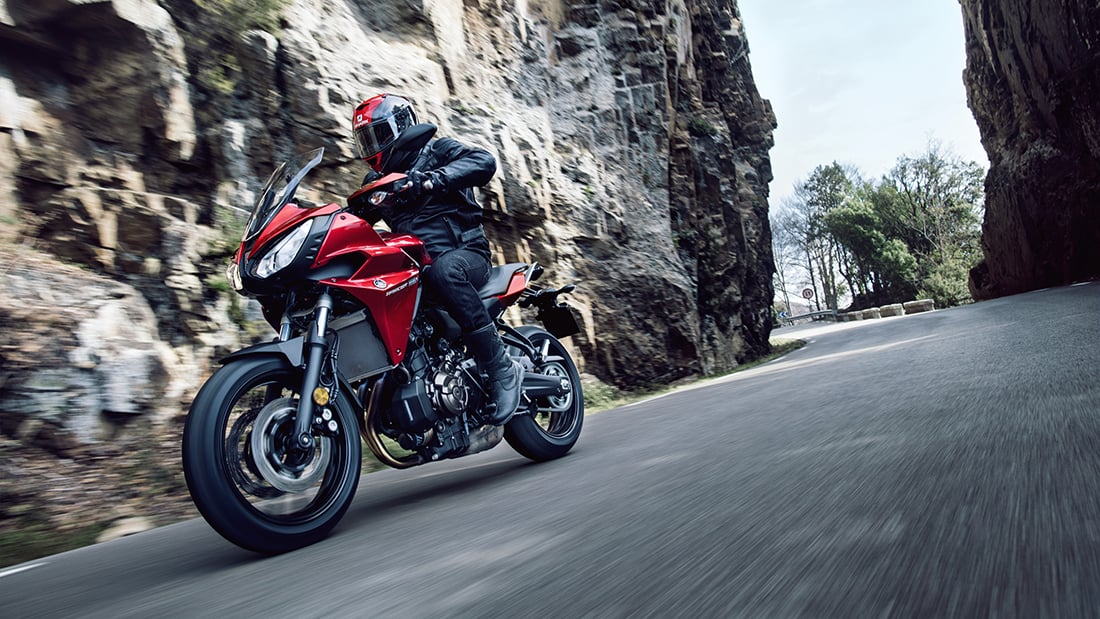 Yamaha MT-07 Tracer - Middleweight Cruise Missile - ZA Bikers