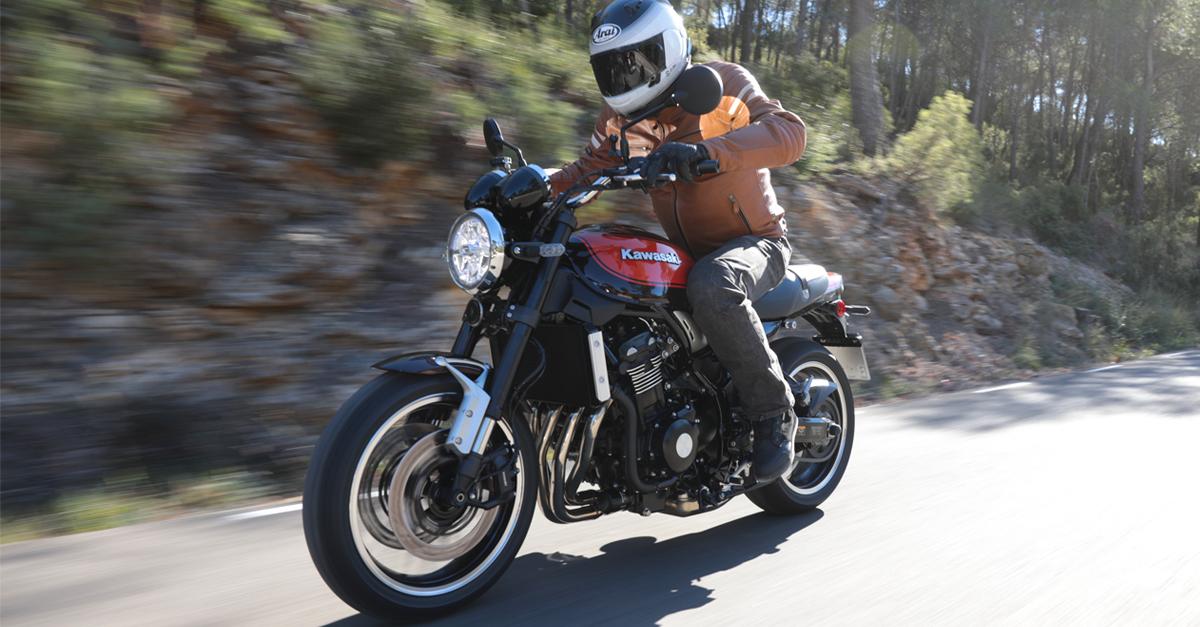 first ride kawasaki z 900 rs za bikers. Black Bedroom Furniture Sets. Home Design Ideas