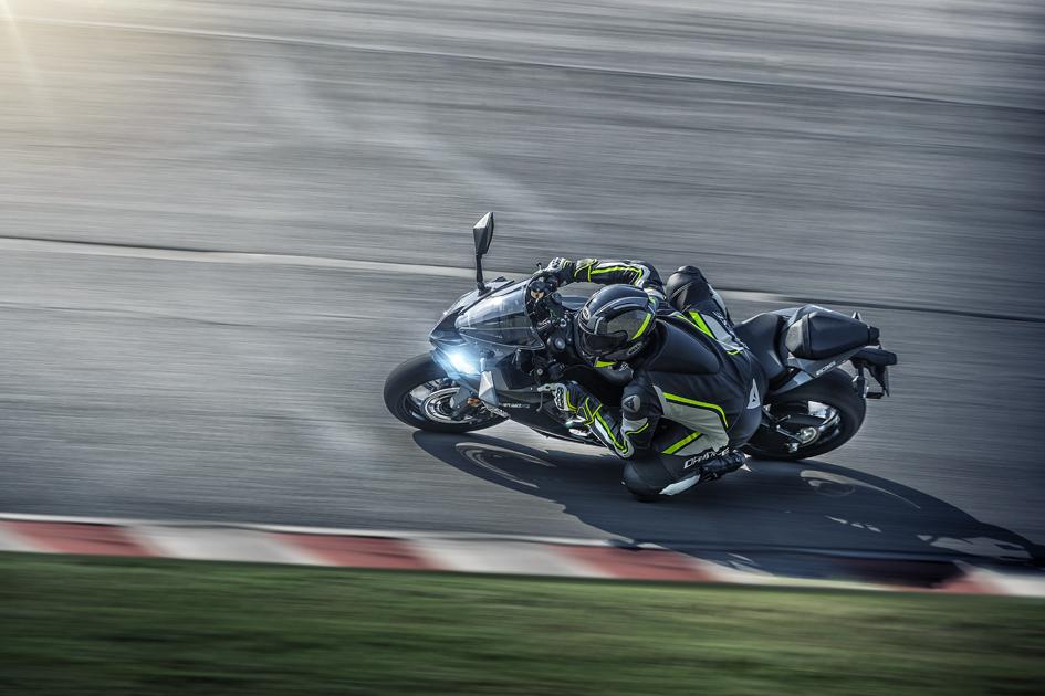 2019 Kawasaki Ninja ZX-6R - The Best 600cc Supersport Model