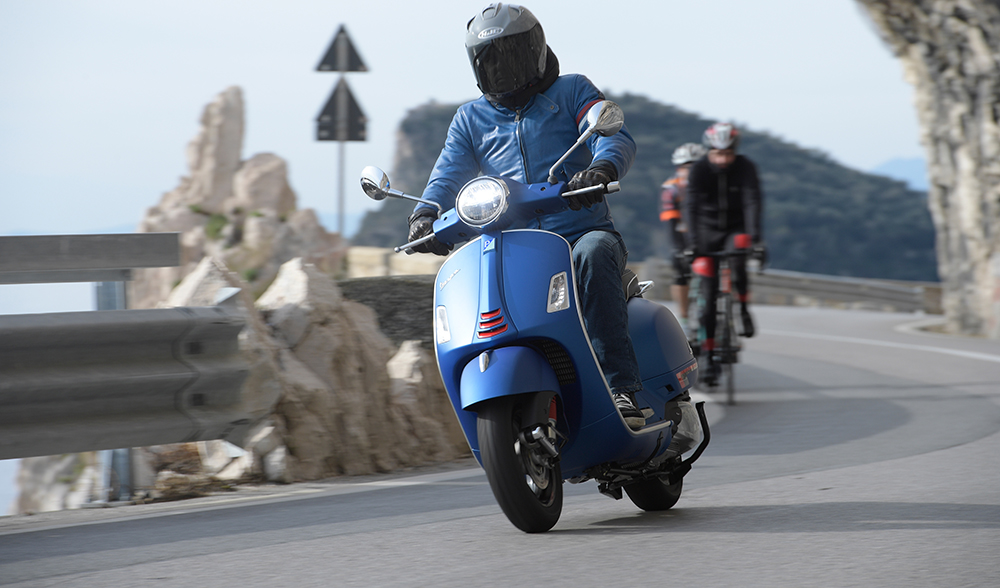 First Ride: 2019 Vespa GTS 300 HPE