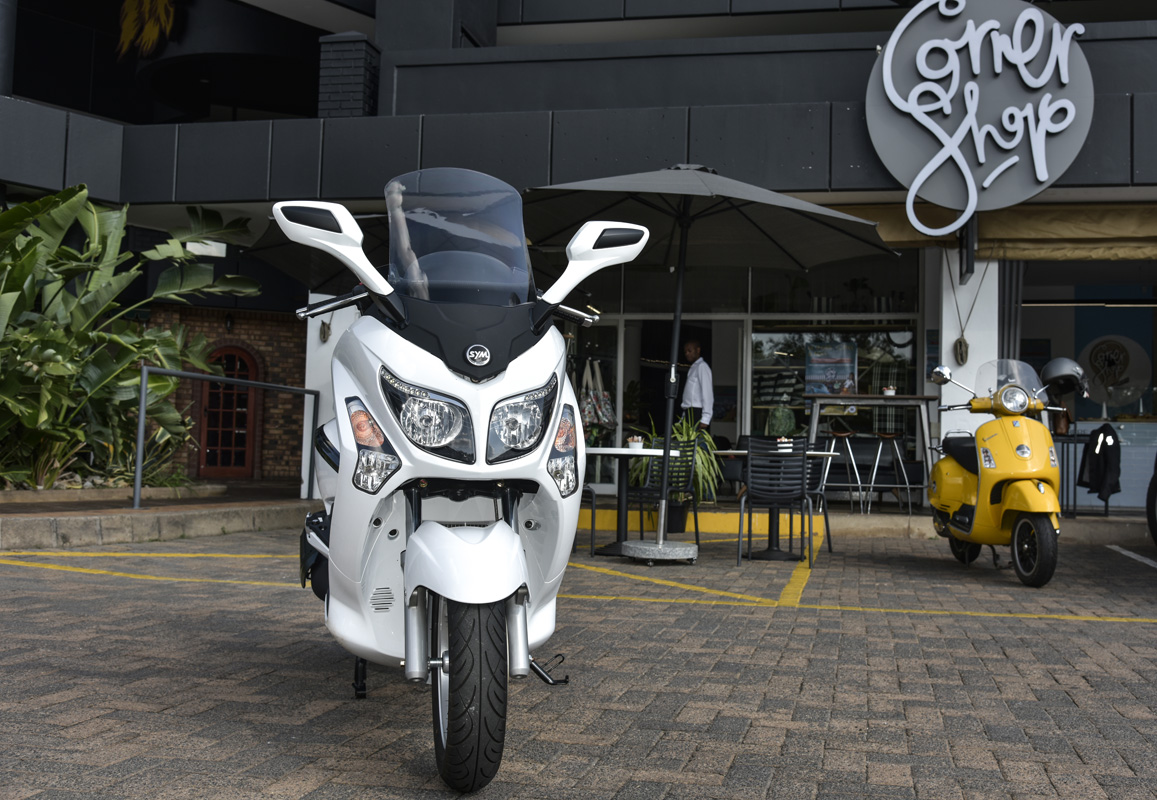 SYM GTS 300i EVO – the Slick Route to the Freedom of the